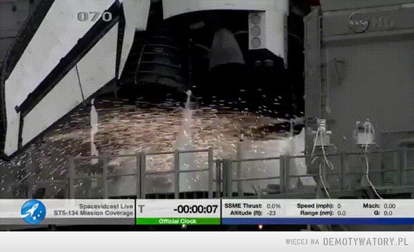 Zapłon silników wahadłowca Endeavour –