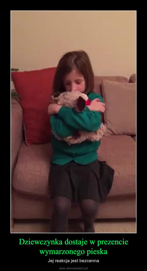 Dziewczynka dostaje w prezencie wymarzonego pieska – Jej reakcja jest bezcenna