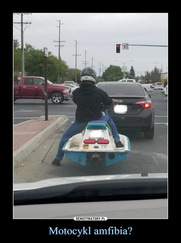 Motocykl amfibia? –