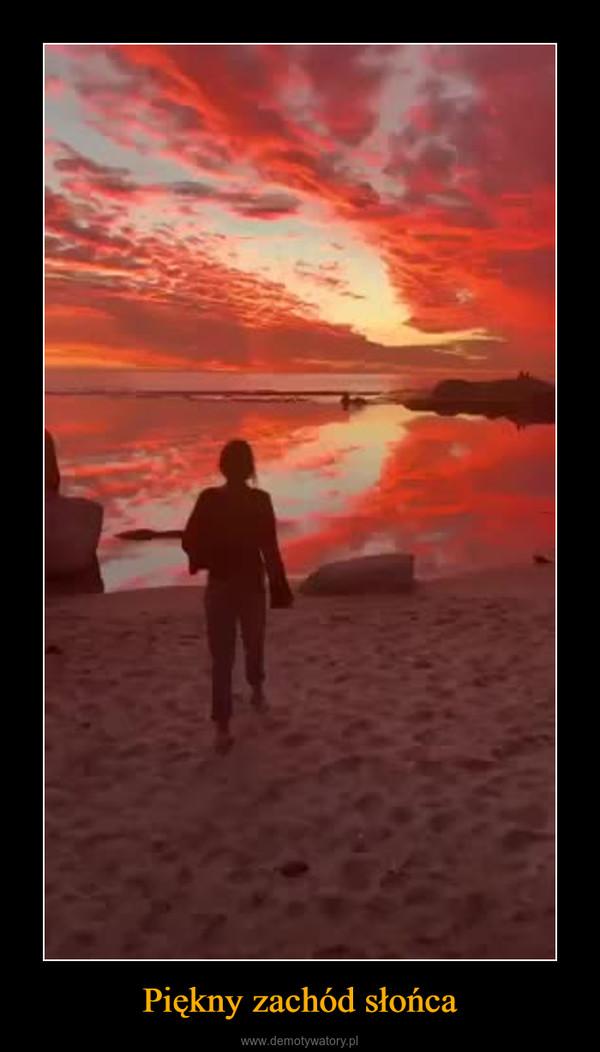 Piękny zachód słońca –