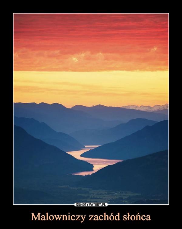 Malowniczy zachód słońca –