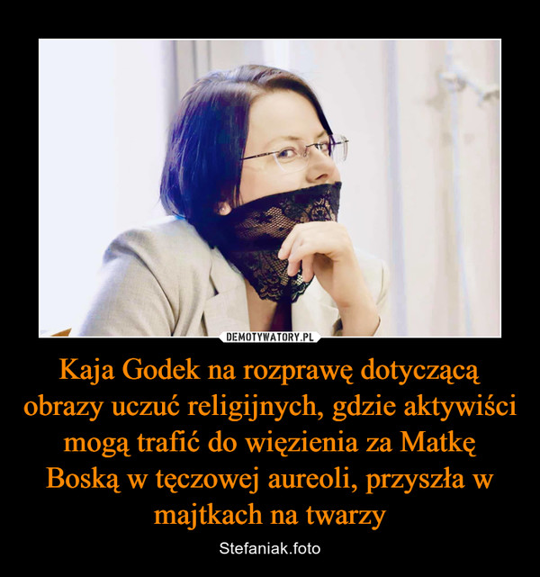 Kaja Godek na rozprawę dotyczącą obrazy uczuć religijnych, gdzie aktywiści mogą trafić do więzienia za Matkę Boską w tęczowej aureoli, przyszła w majtkach na twarzy – Stefaniak.foto